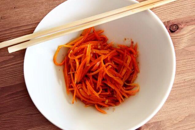Морквяний салат без оцту
