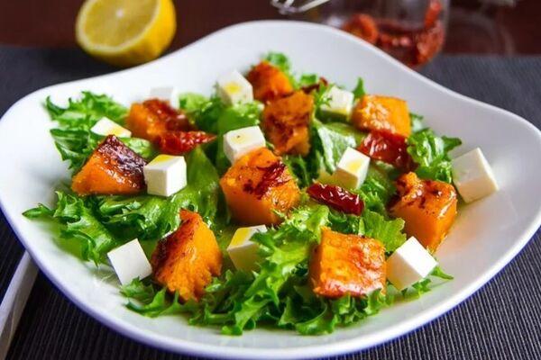 Овочевий салат із гарбузом
