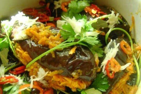 Квашеные баклажаны с овощами и сахаром