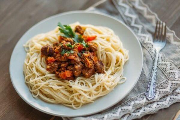 Спагеті з м'ясом