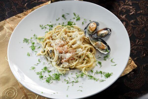 Спагетти с мидиями