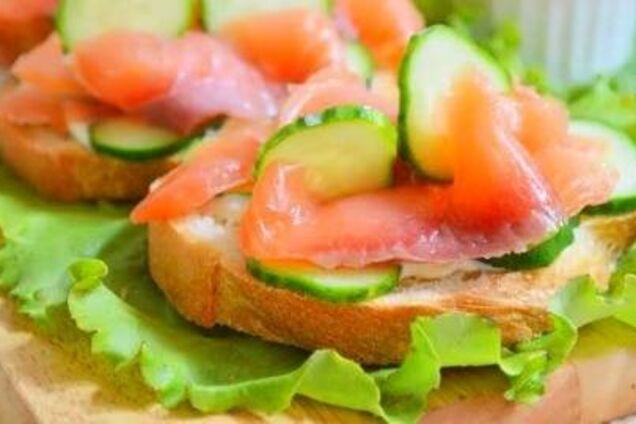 Бутерброди із сьомгою