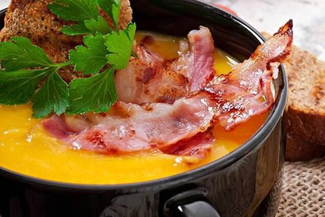 Гороховий суп з м'ясом