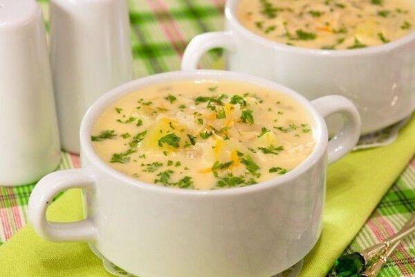 Сирний суп з куркою