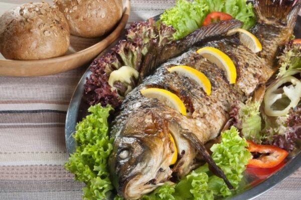 Фарширована риба по-єврейськи