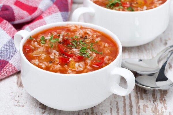 Томатний суп з рисом