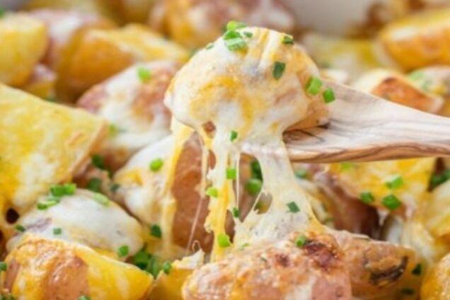 Смажена картопля з сиром