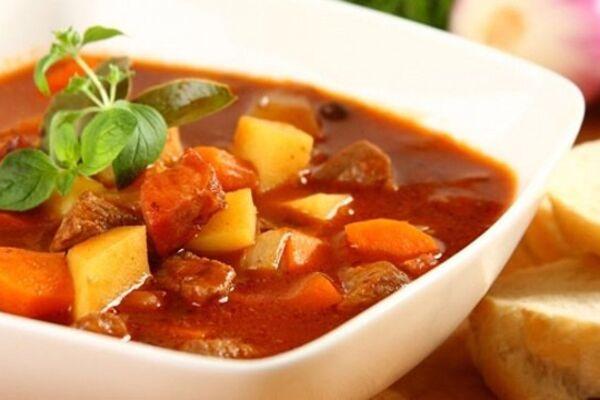 Угорський суп-гуляш