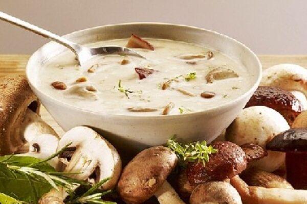 Грибний суп зі сметаною