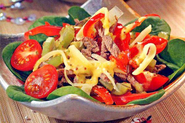 Салат з язиком і болгарським перцем