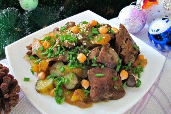 Салат з печінкою і морквою