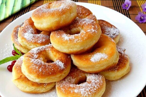 Пончики на сковороді