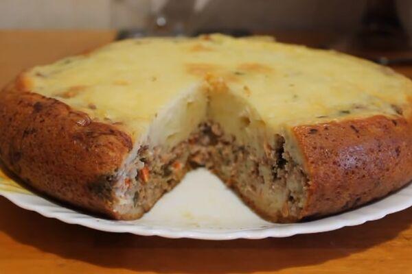 Пирог с мясом в мультиварке