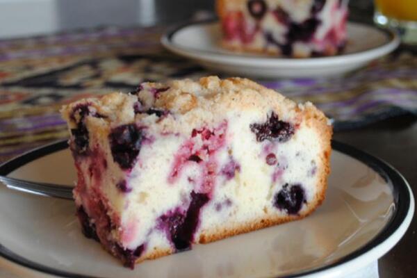 Пирог с ягодами на кефире