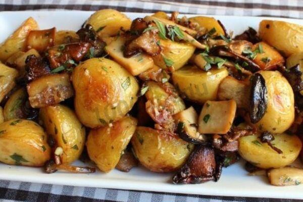 Картопля з грибами в рукаві