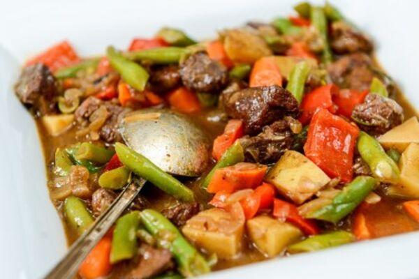 Картопля з грибами і м'ясом