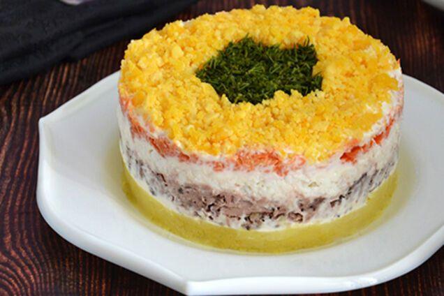 Салат з сайрою і рисом