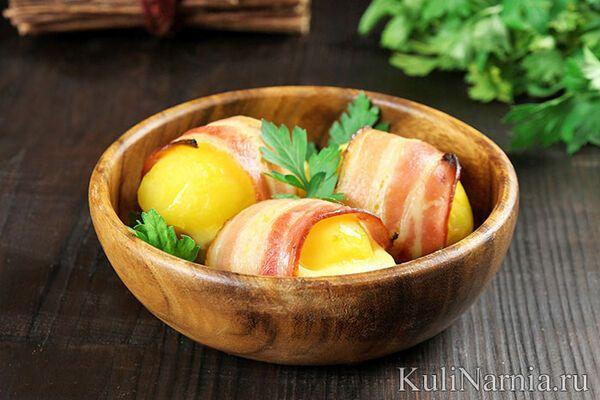 Печена картопля із салом