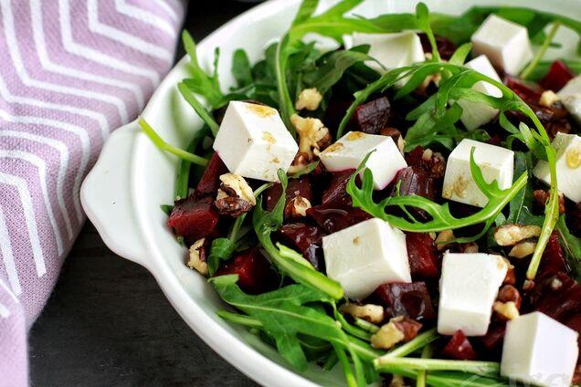Салат с рукколой и фетой