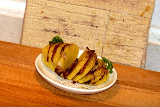 Картопля із салом у мікрохвильовці