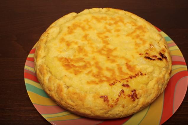 М'ясний пиріг у мультварці