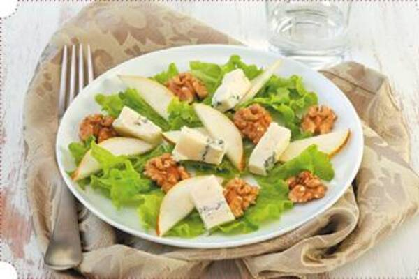 Салат із грушею