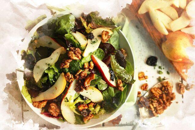 Салат с грушей и хамоном