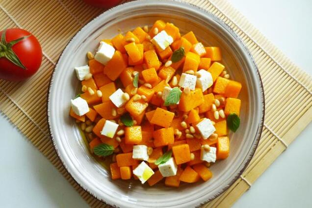 Салат з гарбузом і фетою