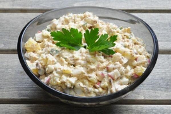 Салат із рисом і сардинами