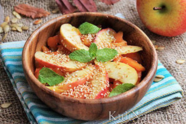 Салат с тыквой и яблоками