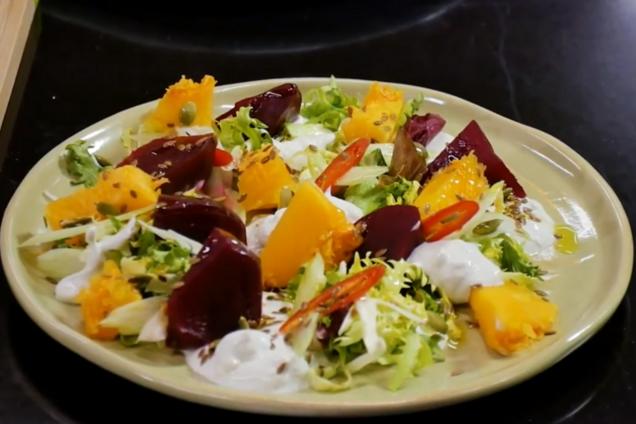Салат с тыквой и свеклой