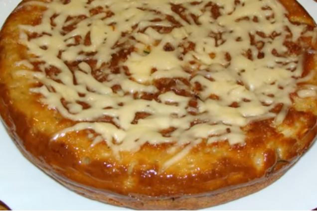 Заливний пиріг на сковорідці