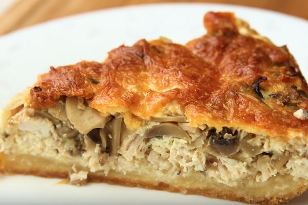 Пиріг із куркою та грибами