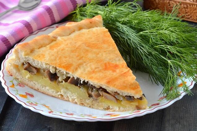 Пиріг із картоплею та грибами