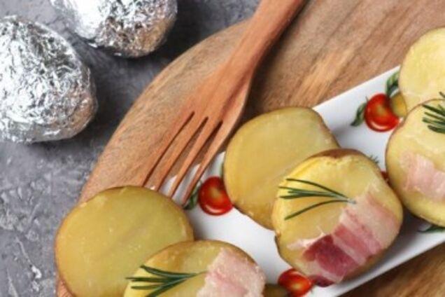 Картопля, запечена із салом