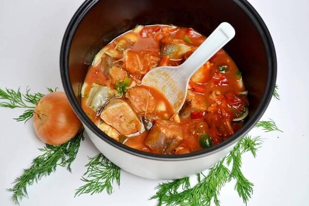 Рыба в томатном соусе в мультиварке