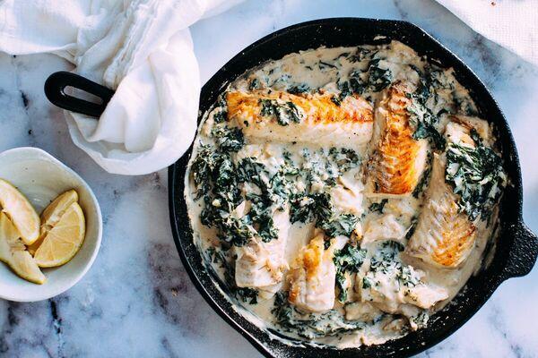 Риба в сметанному соусі