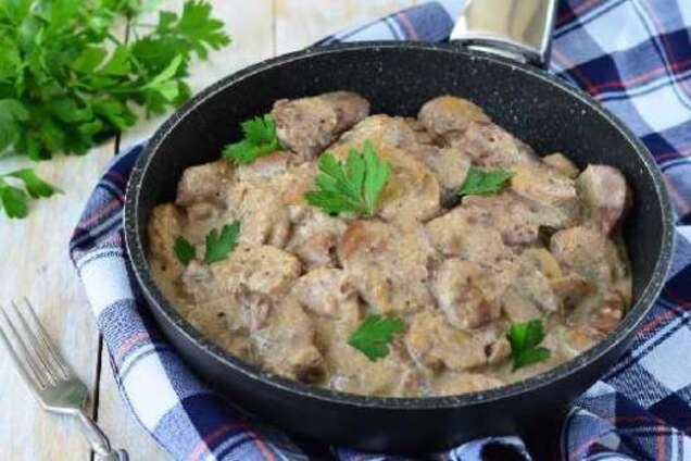 Смажене м'ясо в сметані