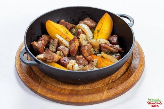 Смажена свинина з картоплею