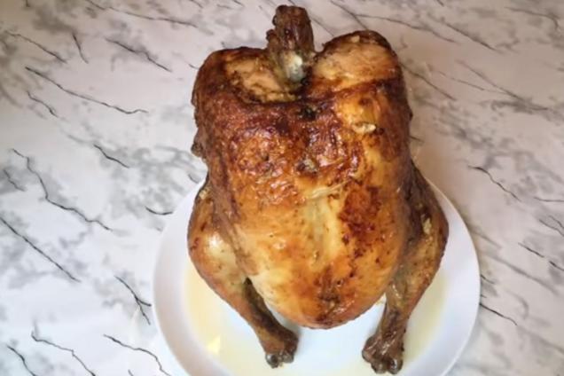 Курица на банке с майонезом