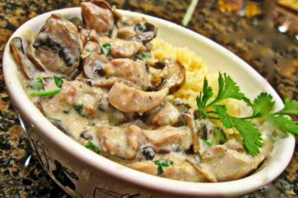 Смажена яловичина з грибами