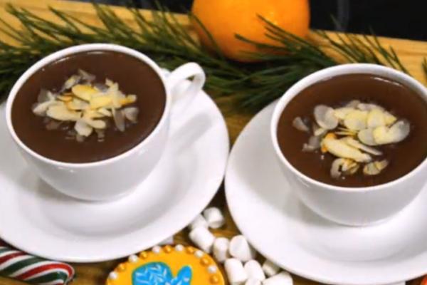 Гарячий шоколад із кардамоном