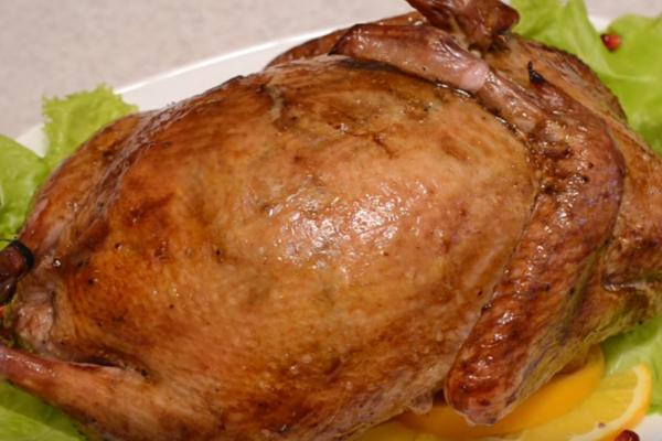 Фаршированная утка в духовке