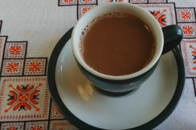 Гарячий шоколад із шоколадного асорті