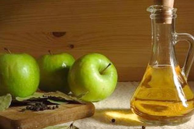 Настоянка на яблуках із медом