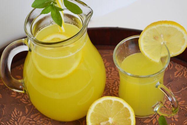 Лимонный лимонад с мякотью