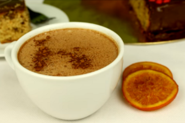 Гарячий шоколад із корицею