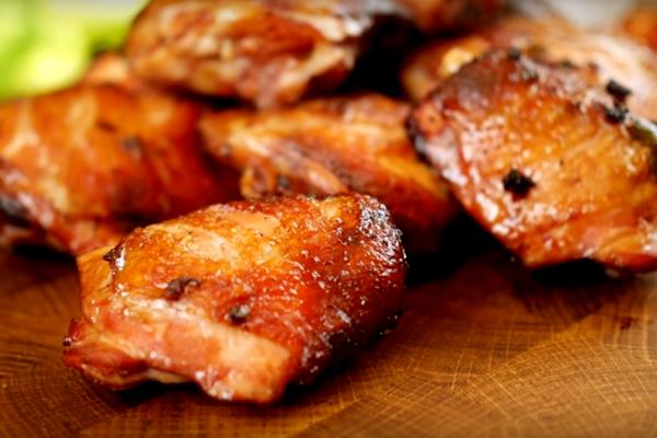 Курица на мангале кусочками