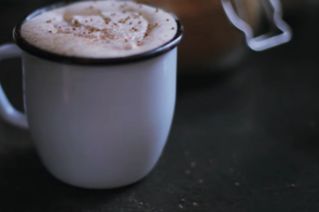 Гарячий шоколад з алкоголем