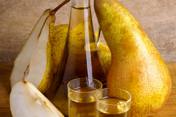 Настоянка на груші з медом